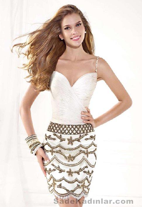 2021 Kısa Gece Elbiseleri Abiye Modelleri beyaz kısa etek kısmı nakış işlemeli