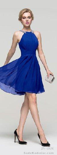 Abiye Modelleri 2021 Kısa Gece Elbiseleri saks mavi kısa sade ve şık model
