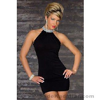 Abiye Modelleri 2021 Kısa Gece Elbiseleri siyah kısa boyundan taş kemer işlemeli model