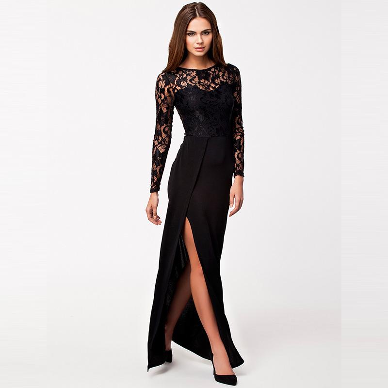 Abiye Modelleri siyah renkli uzun güpür kollu yandan yırtmaçlı model