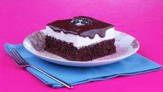 Enfes Ağlayan Pasta Tarifi Akışkan ve Bol Çikolatalı Lezzet