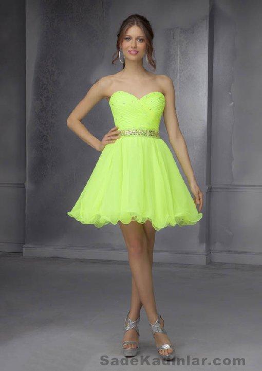 Kısa Gece Elbiseleri 2021 Neon yeşil mini straplez etekleri kabarık tüllü Abiye Modelleri