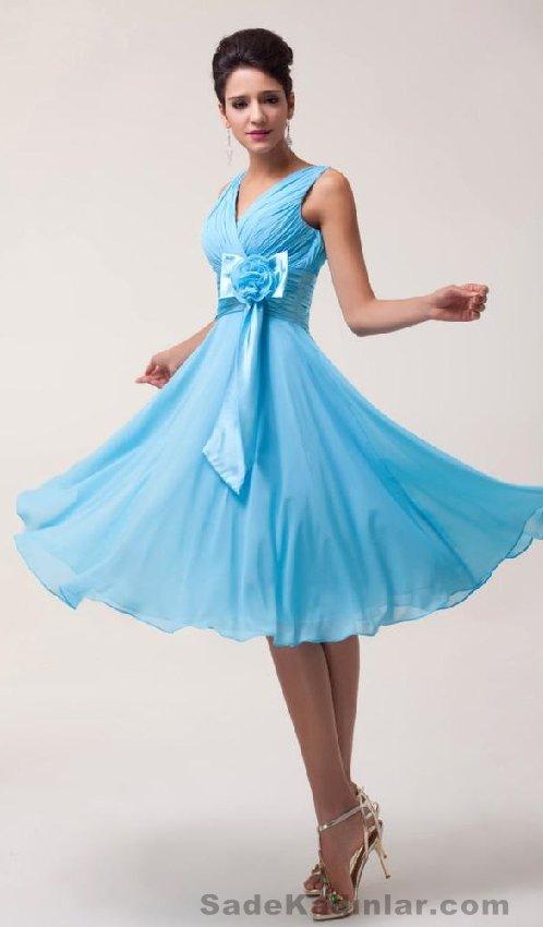 2021 Kısa Gece Elbiseleri Abiye Modelleri mavi dizaltı belden gül kurdela süslü