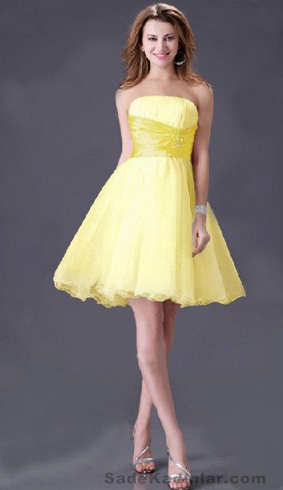 Kısa Gece Elbiseleri sarı diz üstü straplez sade ve şık Abiye Modelleri