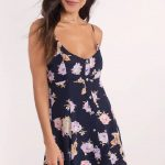 Lacivert Çiçekli Kısa Önden Düğmeli Elbise Modelleri