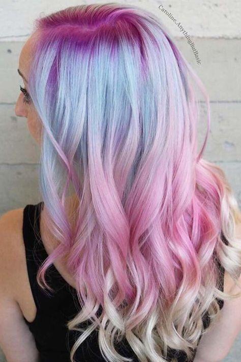 Pastel Renkli Ombre Saç Modelleri ve Saç Renkleri -dalgalı saç pembe-sarı-mavi renkli