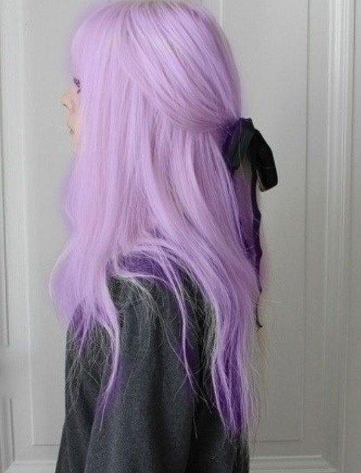 Pastel Renkli Ombre Saç Modelleri ve Saç Renkleri - düz katlı saç eflatun renkli