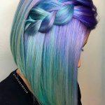 Pastel Renkli Ombre Saç Modelleri ve Saç Renkleri - düz örgülü saç yeşil ve eflatun renkli