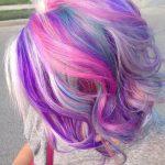Pastel Renkli Ombre Saç Modelleri ve Saç Renkleri - kıvırcık saç mor-pembe-sarı renkli saç