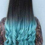 Pastel Renkli Ombre Saç Modelleri ve Saç Renkleri - lüleli saç siyah ve mavi renkli
