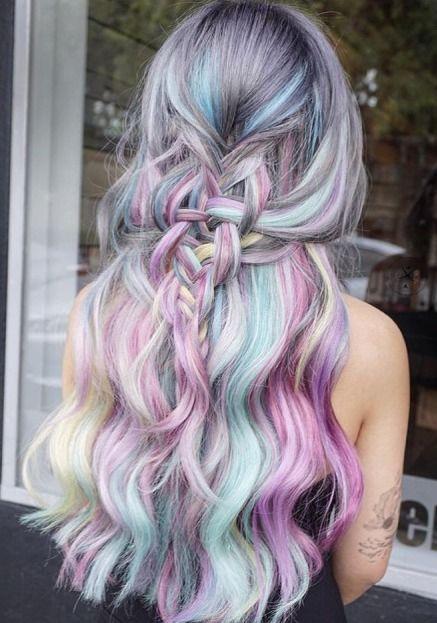 Pastel Renkli Ombre Saç Modelleri ve Saç Renkleri - su dalgası saç pembe-yeşil-gri renkli