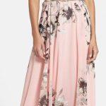 Çiçekli Elbise Modelleri uzun pudra sıfır kollu