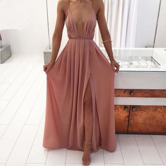 En Şık Gece Kıyafetleri 2018 Abiye Elbise Uzun Pudra Rengi