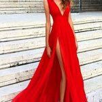 En Şık Gece Kıyafetleri 2018 Abiye Elbise Uzun Kırmızı Dekolteli