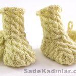 Örgü Bebek Patik Modelleri sarı renkli komple saç örgülü