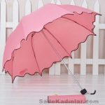 Şemsiye Modelleri pembe renkli kenaları şekilli kesim