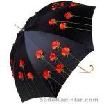 Şemsiye Modelleri siyah renkli kırmızı gül işlemeli