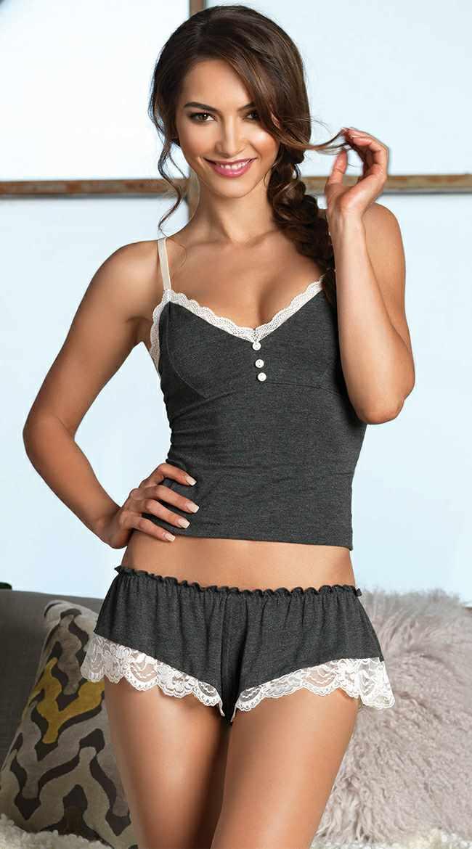 Şortlu Pijama Takımları Gri askılı önden düğmeli seksi model