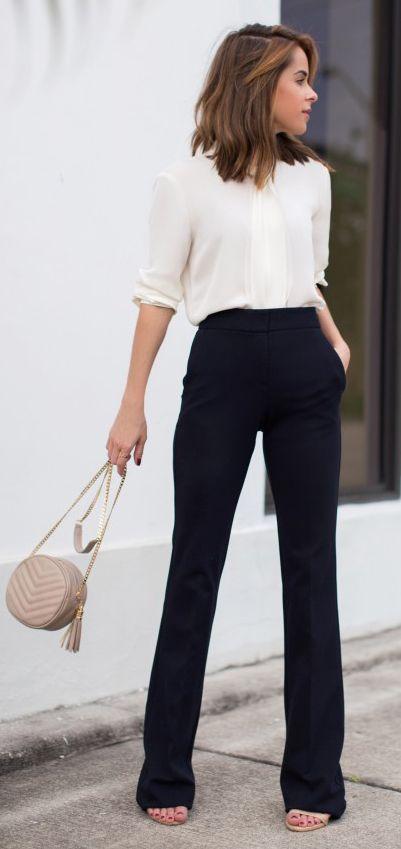 2021 Ofis Kombinleri Bayan Takım Elbise Siyah Bol Kesim Pantalon Beyaz Önden Pİleli Gömlek