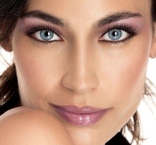renkli göz İçin makyaj