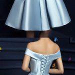 Elbise Modelleri mavi kısa omzu açık saten