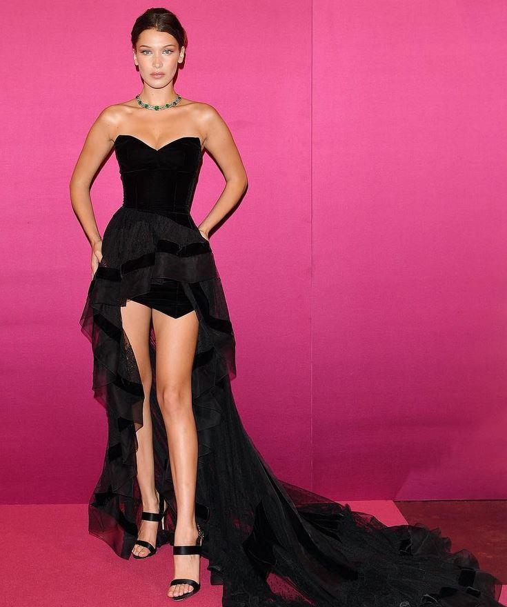 Gece Elbiseleri Seksi ve Kışkırtıcı Siyah Kısa Straplez Uzun Kuyruklu