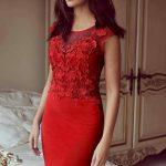 2021 Kırmızı Abiye Elbise Modelleri Çekiciliğin AdresiKırmızı Elbise Vücudu Saran Dantel Detaylı Diz Üstü