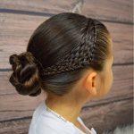 Çocuk Saç Modelleri Örgü Yandan Topuz