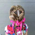 Çocuk Saç Modelleri Örgü Çapraz Bağcıklı