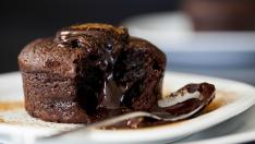 İşte Size Sadece İki Malzeme İle Enfes Çikolatalı Sufle Tarifi