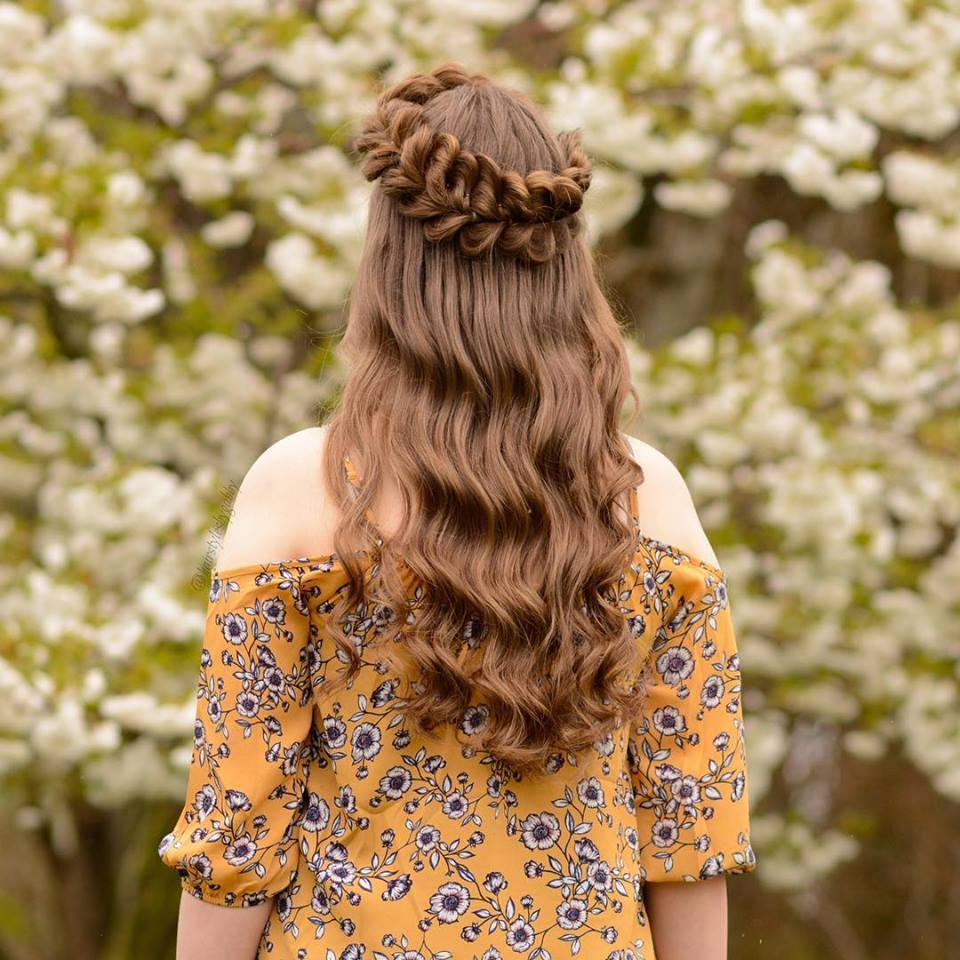 Yılbaşı 10 Trendy Örgülü Saç Modelleri 2019
