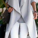 2019-2020 Sonbahar Kış Kombinleri Beyaz Pantolon ve Kazak Gri Geniş Yaka Mont