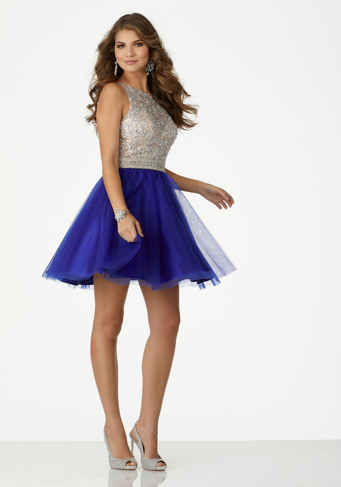 2020 Abiye Elbise Kısa Abiye Modelleri Saks Mavi Halter Yaka Tül Etekli Parlak Boncuk İşlemeli