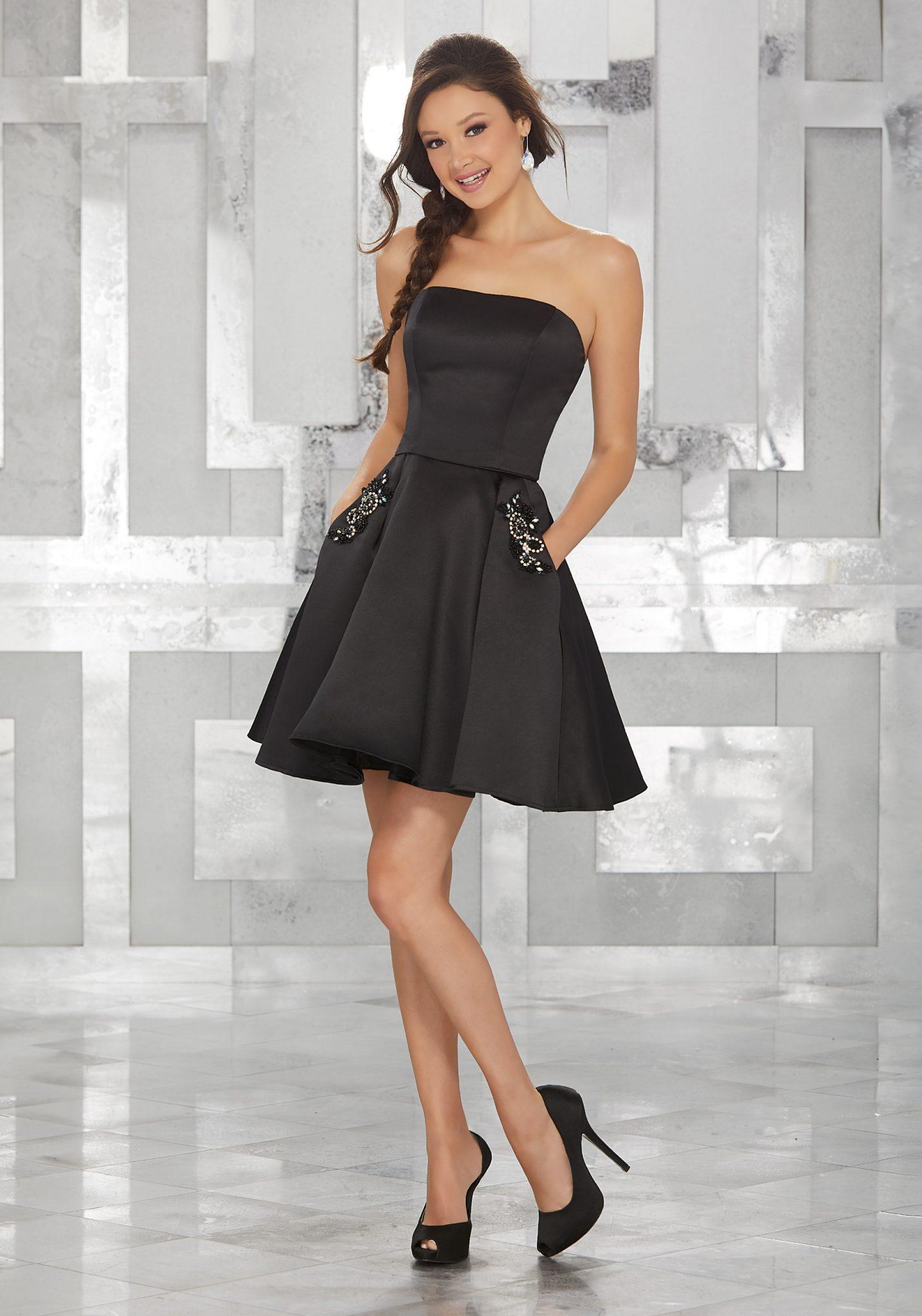 2020 Abiye Elbise Kısa Abiye Modelleri Siyah Straplez Saten iki Parça Cepli Boncuk İşlemeli