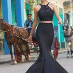 2020Abiye veGece Elbiseleri Siyah Uzun Halter Yaka İki Parça Deniz Kızı Boncuklu