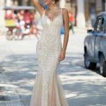 2020Abiye veGece Elbiseleri Şık Abiye Modelleri Şampanya Uzun Askılı Dantel Üzerine Boncuk İşlemeli