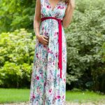 2021 Hamile Elbiseleri Beyaz Uzun V Yakalı Çiçek Desenli