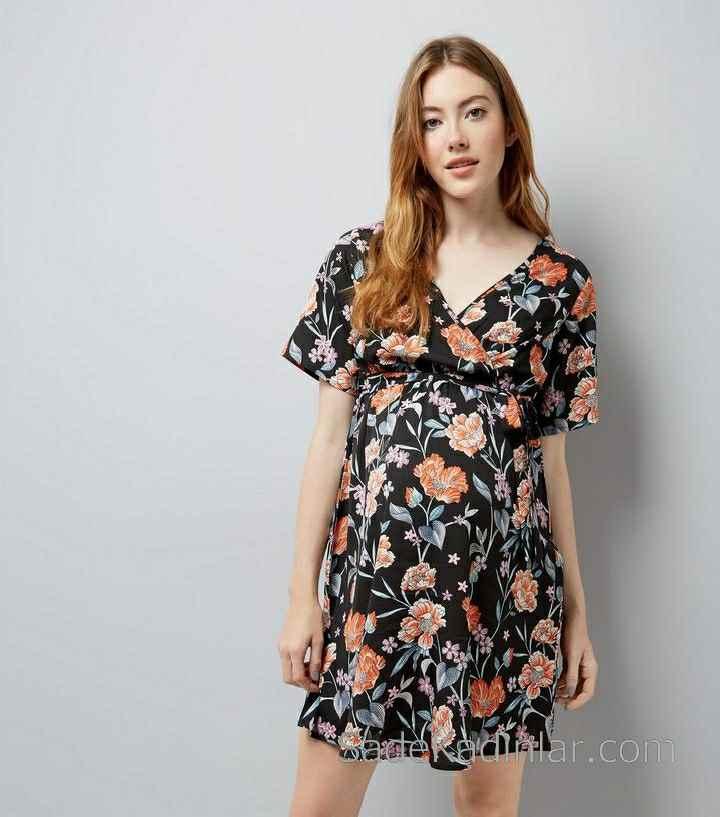 2021 Hamile Elbiseleri Siyah V Yakalı Kısa Kollu Çiçek Desenli