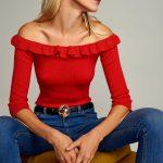 2018 Kazak Modelleri Kırmızı Omzu Açık Fırfırlı Yaka