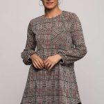 2018 Kışlık Elbise Modelleri Gri Kısa Yuvarlak Yaka Ekose Desenli
