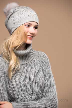 2021 Kışı İçin En Güzel Bayan Bere Modelleri Gri Pon Ponlu Taş Süslemeli