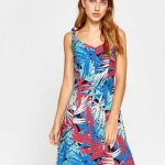 2018 Koton Elbise Modelleri Lacivert Kısa Askılı Düğmeli Karışık Desenli
