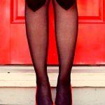 Külotlu Corap Modelleri Siyah Dizlerde Kalp Desenli