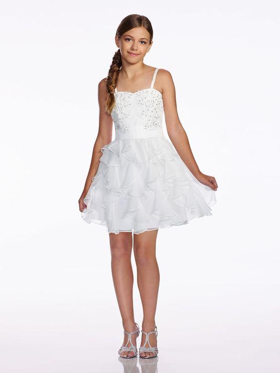 Çocuk Abiye Kıyafet Modelleri Modelleri Beyaz Kısa Askılı Etekleri Tül Fırfırlı Boncuk İşlemeli