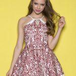 Mezuniyet Elbise Modelleri Beyaz Kısa Halter Yaka Kloş Etek Tarçın Renk Desenli