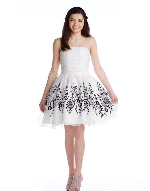 Mezuniyet Elbise Modelleri Beyaz Kısa Straplez Kloş Etek Siyah Çiçek Desenli