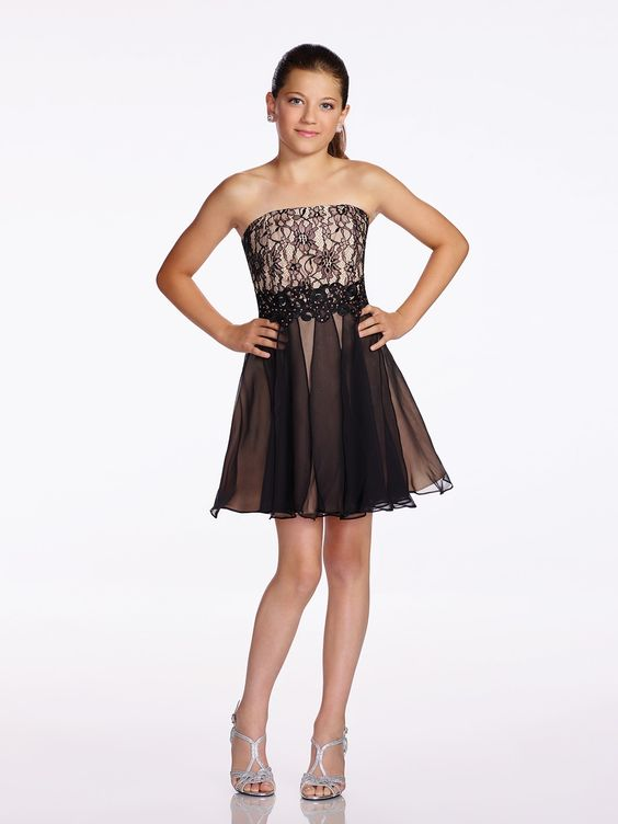 Çocuk Abiye Kıyafet Modelleri Modelleri Kahverengi Kısa Straplez Siyah Tül Ve Dantel Detaylı