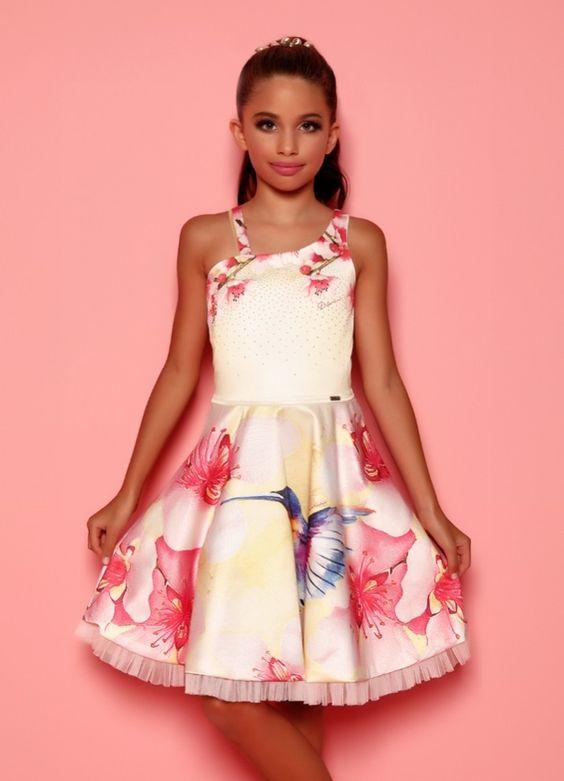 Mezuniyet Elbise Modelleri Krem Kısa Askılı Kloş Etek Çiçek Baskı Desenli Kumaş