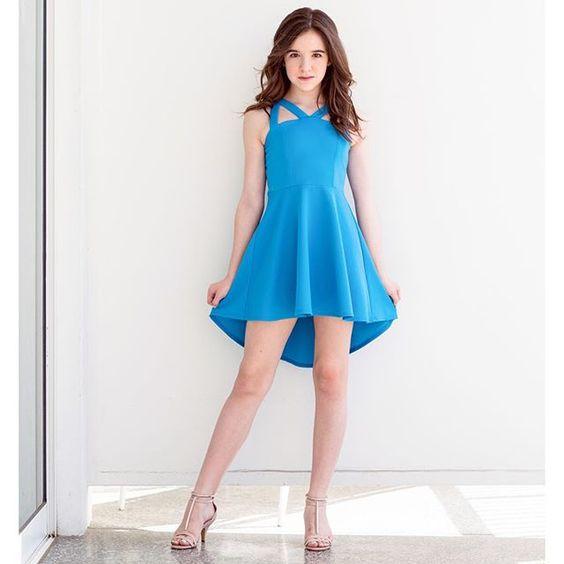 Çocuk Abiye Kıyafet Modelleri Modelleri Mavi Kısa Askılı Simetrik Etek Sade Ve Şık
