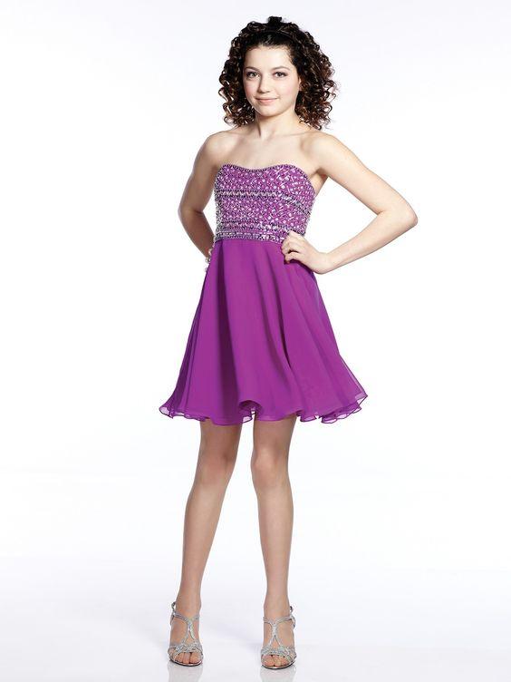 Çocuk Abiye Kıyafet Modelleri Modelleri Mor Kısa Straplez Kalpli Yaka Kloş Etek Boncuk İşlemeli